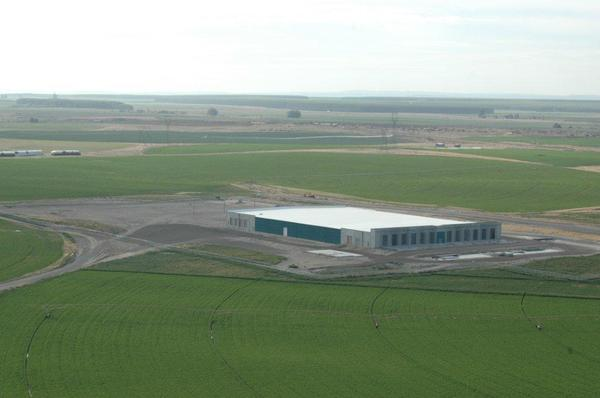 amazon data center feb 2012.jpg